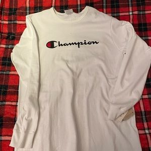 Champion long sleeve tee